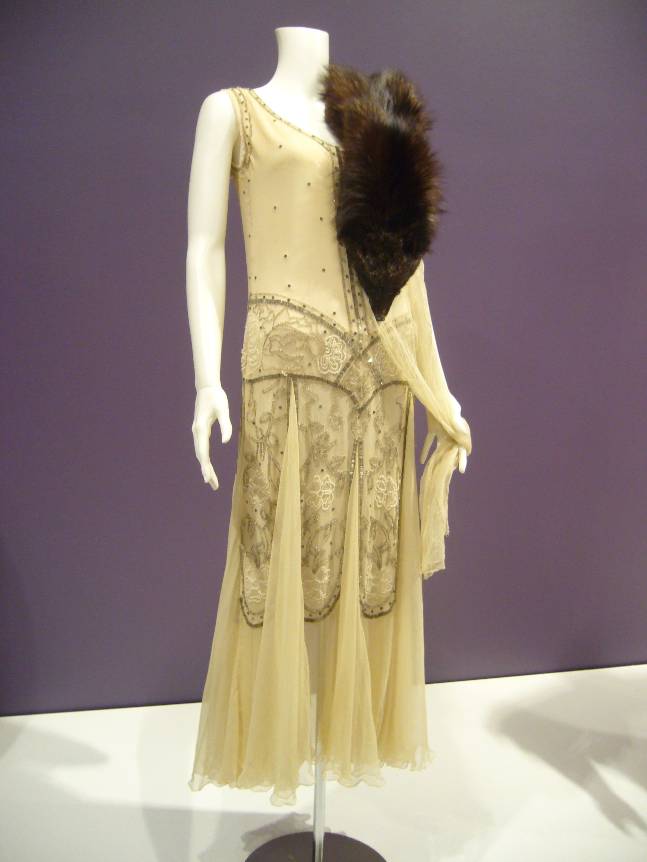 Vintage chanel clothes images - Vintage chanel ...