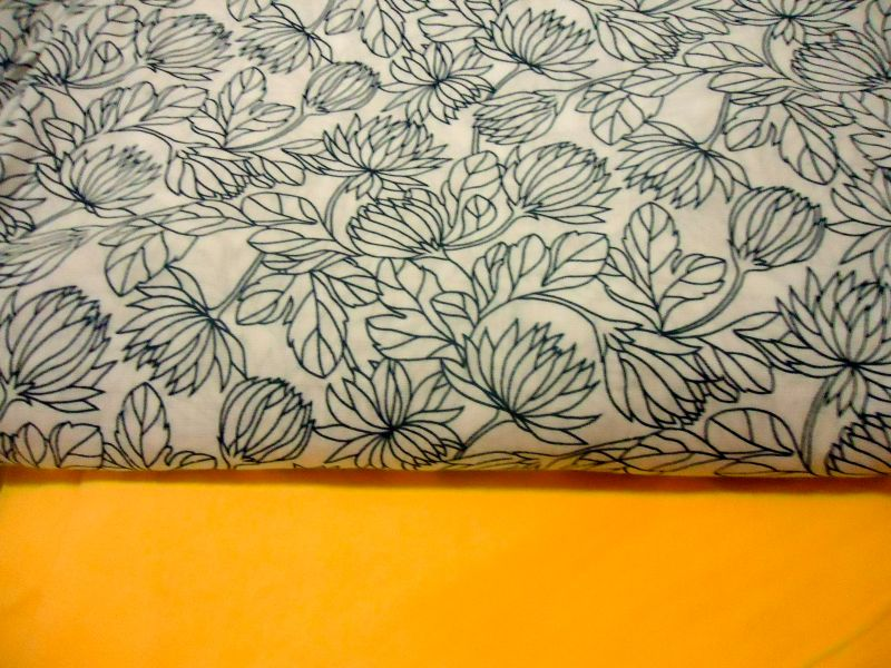 Bladvass Duvet and Yellow Cotton Lining