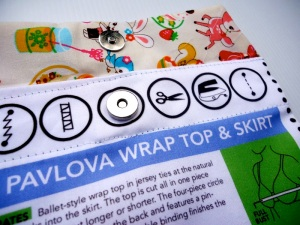 Pavlova Envelope Detail