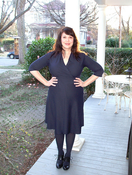 Staci made her Tiramisu in classic black with 3/4 sleeves, and can't wait to make another!  This is so ladylike without being prim, nice work walking the line!